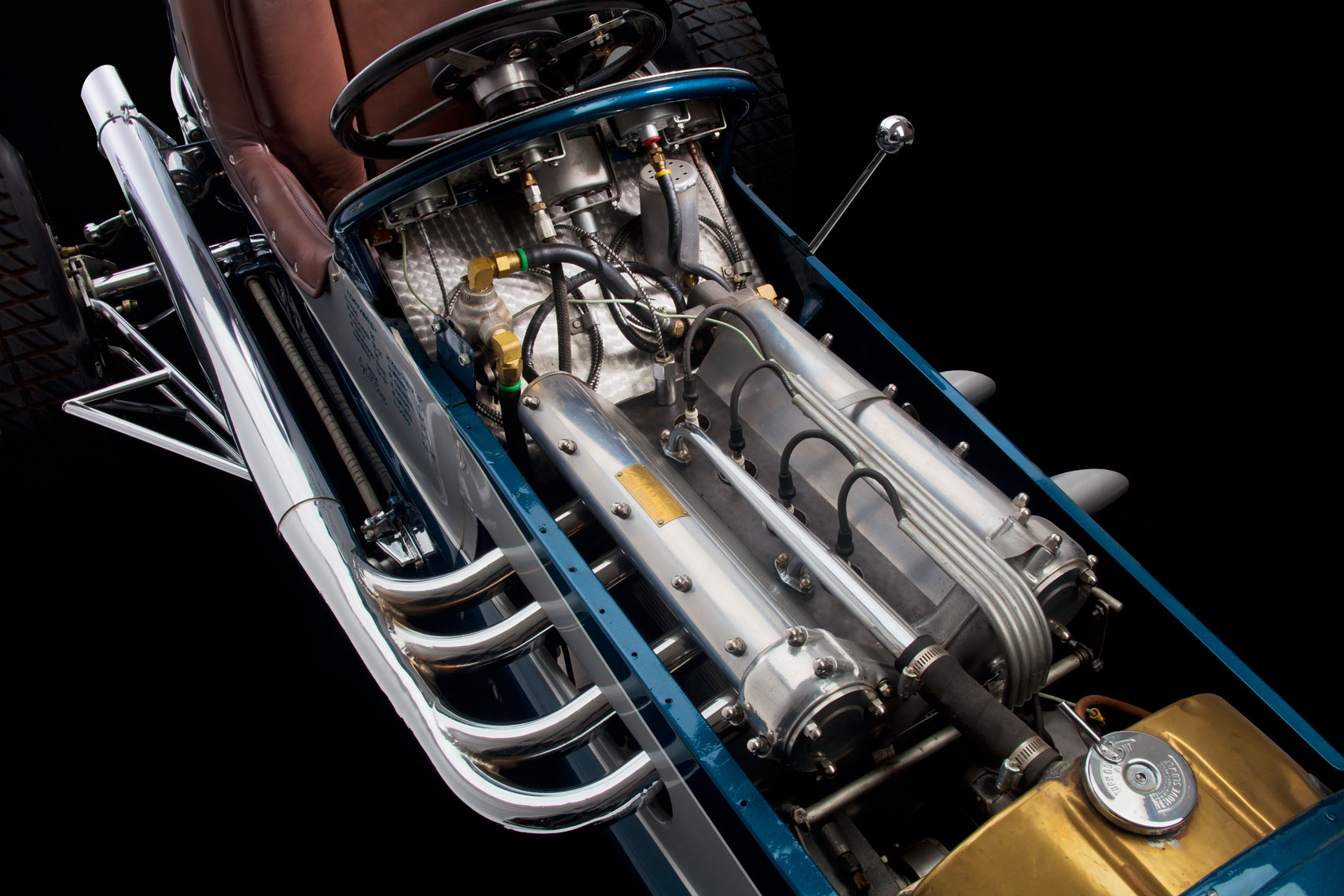MCraft_1949Midget_EngineDetail_0106.jpg