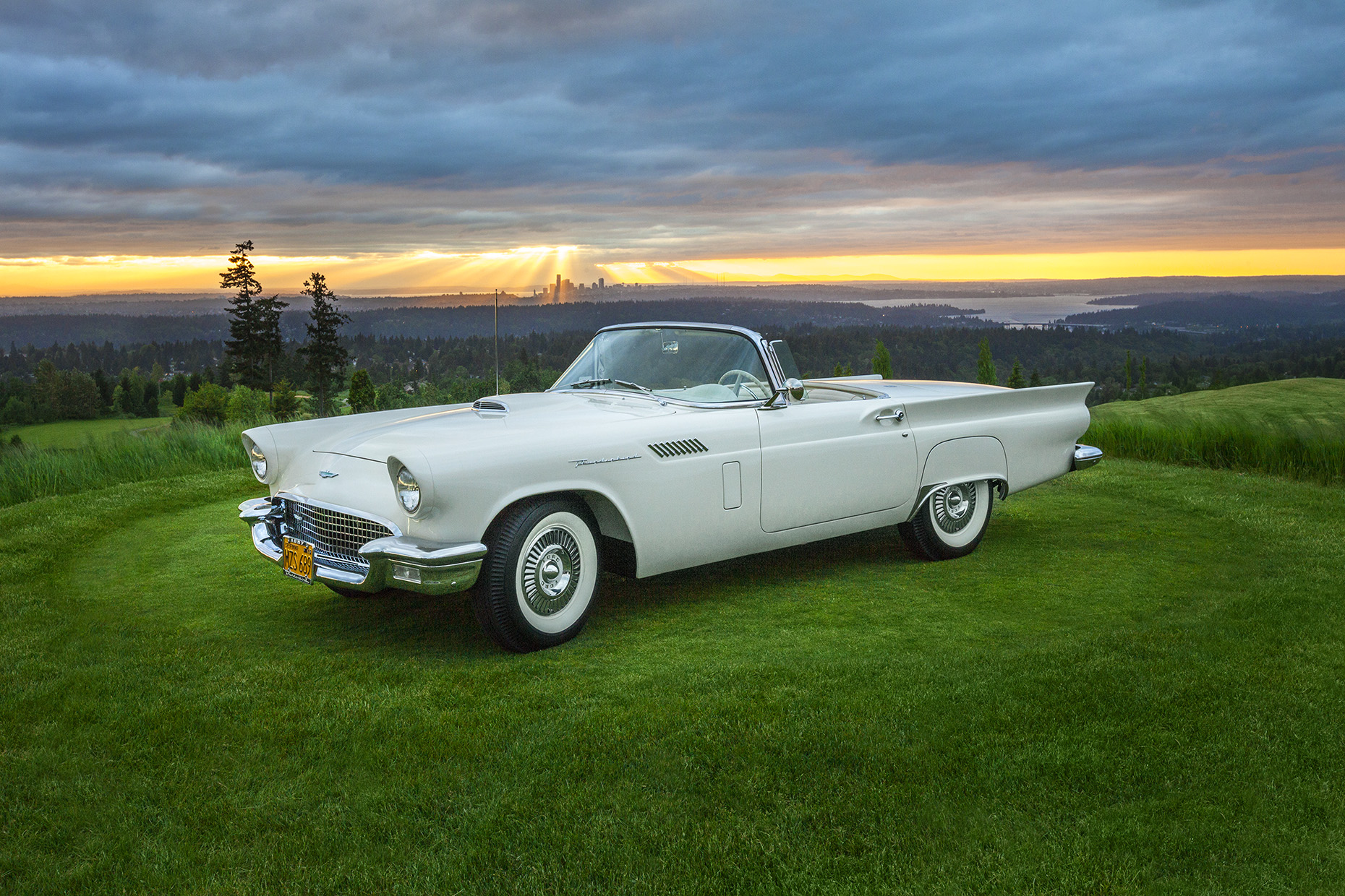 LeMay ACM - 1957 Ford Thunderbird