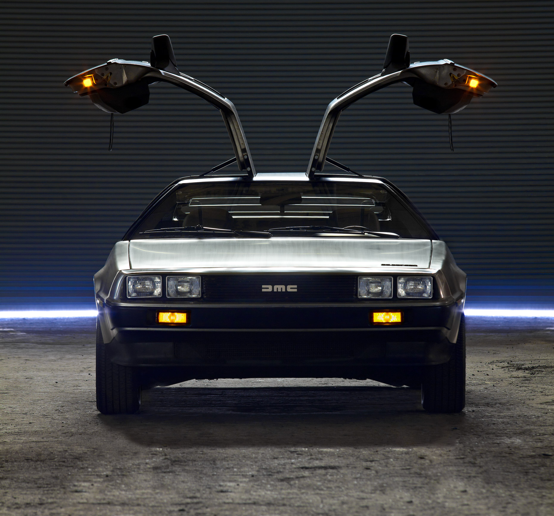 MCraft_DeLorean_FrontView-0172_Color
